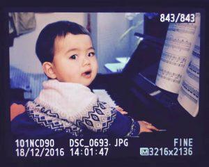 江城子喜欢弹钢琴
